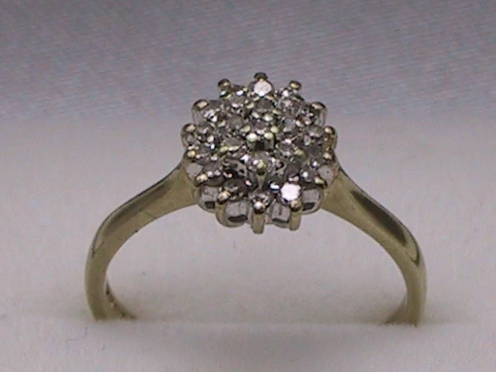 9ct Yellow & White Gold 025 Point Diamond Cluster Ring Uk Size K  Us Size  51 8